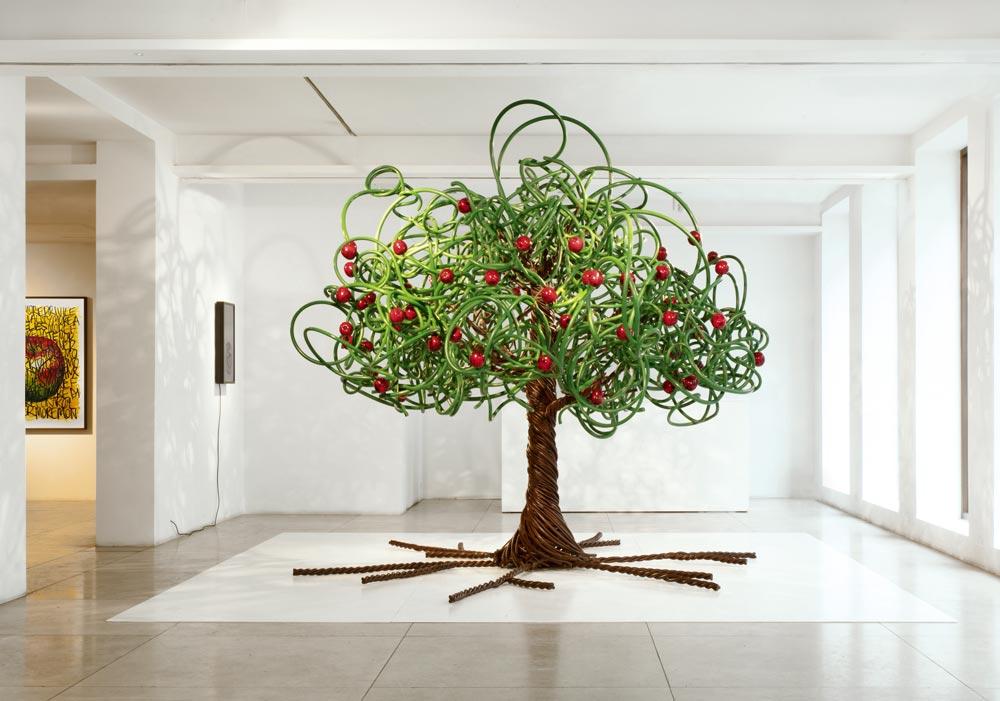 Barnaby Barford The Apple Tree London Copyright © Barnaby Barford 2021